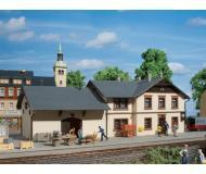 "модель Auhagen 11362 Вокзал ""Oberrittersgrun"" 245x140x100 мм."