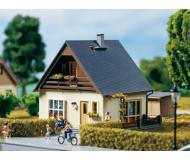 модель Auhagen 11378 Дом Габи 105х90х100мм.