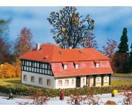 модель Auhagen 11379 Фахверковый дом