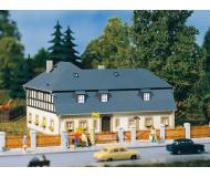 модель Auhagen 11385 Жилой дом Мюленвег №1