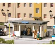 модель Auhagen 11419 2 автобусных остановки