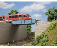 модель Auhagen 11441 Балочный однопутный мост, 270x63x127мм.