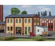 модель Auhagen 11444 Здание слесарной мастерской, 205x105x103 мм.
