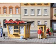 """модель Auhagen 12340 Павильон продажи газет и журналов """" Zeitungen """" и телефонная кабина. Модель подходит для масштабов H0 и TT."""