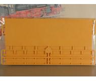 модель Auhagen 41207 Кирпичная стена с 3 различными вариантами фриза зуба и соответственно отделками, 210x65 мм. 2 шт.