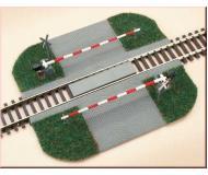 модель Auhagen 41582 Железнодорожный переезд с шлагбаумом (набор)
