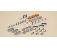 модель Auhagen 41639 Уличные аксессуары: скамейки, вазоны, рекламные щиты, урны, столбики.