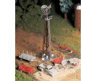 модель Bachmann 45603 Серия Plasticville. Набор для сборки (KIT) Windmill w/Farm Machinery