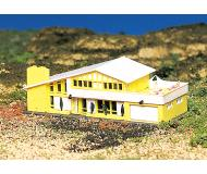 """модель Bachmann 45909 Modern Home. Модель полностью собрана. Принадлежность 3-3/4 x 4-3/4"""" 9.5 x 12.1см"""