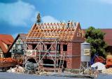 модель Faller 130263 Zweifamilienhaus im Bau
