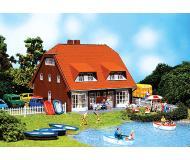 модель Faller 130310 Norddeutsches Zweifamilienhaus