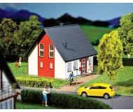 модель Faller 130315 Дом для одной семьи