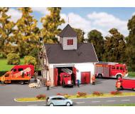 "модель Faller 130336 Country Fire Department. Набор для сборки (KIT), из дерева  (Laser-cut) -- 5-1/8 x 3-7/8 x 5-1/2""  13 x 10 x 14.1см."