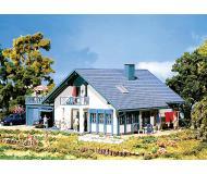 модель Faller 130396 Жилой дом для одной семьи Türkis