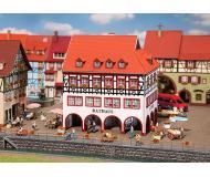 """модель Faller 130491 Town Hall w/Corner Arcade. Набор для сборки (KIT) -- 5-5/8 x 5-5/8 x 6-3/8""""  14.5 x 14.5 x 16см."""