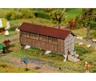 """модель Faller 130532 Horizontal Wood Corn Crib. Набор для сборки (KIT) (Laser-Cut Card) -- 4-1/8 x 1-3/16 x 1-13/16""""  10.5 x 3 x 4.6см."""