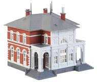 модель Faller 131311 Административное здание, 141 x 132 x 135 мм.