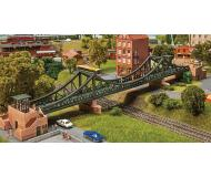 "модель Faller 222575 Frankfurt Eiserner Steg Pedestrian Suspension Bridge. Набор для сборки (KIT) - 19-9/16 x 3-7/16 x 2-15/16""  49.7 x 8.7 x 7.5см."