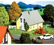 модель Faller 232322 Einfamilienhaus (gelb)
