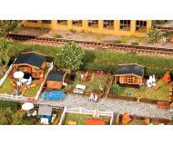 модель Faller 272550 Allotment Garden, набор № 1. Набор для сборки (KIT), пластмассовые детали -- 3 Different Garden Sheds, Fences, Tables, 3 Landscape Bases & More