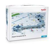 модель Herpa 520997 Complete Modern Airport Set. Набор для сборки (KIT). -- 9 Buildings, 10 Jetways, 8 Mats, Indvidual Components are собран