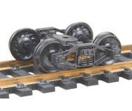 модель Kadee 554 Полностью подрессоренные самоцентрирующие металлические тележки Bettendorf. Установлены колесные пары 33 дюйма, тип RP-25, код 110 (ширина обода 2,8 мм), с ребристой внутренней стороной. 1 пара