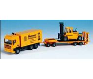 модель Kibri 13580 European Construction Vehicle -- DAF 3-Axle Box Van w/4-Axle Flatbed Trailer & Heavy Forklift