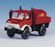 модель Kibri 18265 Автомобиль UNIMOG пожарная бочка с насосом.