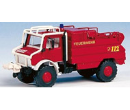 модель Kibri 18270 Автомобиль UNIMOG пожарный для тушения лесных пожаров.