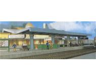 модель Kibri 36720 Modern Station Platform. Размер 66 x 3.2 см. Набор для сборки.