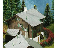 модель Kibri 36813 Farmhouse in Matt -- 7 x 6 x 6 см. Набор для сборки.