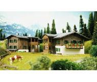 модель Kibri 37029 Mountain Houses in Sertig 2/ -- 8 x 6.5 x 4.5cm; 10 x 8.5 x 4.5 см. Набор для сборки.