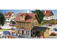 модель Kibri 37757 Station --  Sondernau  17.5 x 9.5 x 9.5 см. Набор для сборки.