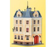 модель Kibri 38296 Market Place Terrace House. Размер 16 x 16.8 см. Набор для сборки.