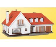 модель Kibri 38334 Elchbaussee Villa w/Garage. Размер   8.5 x 10.5 x 8.5 см. Набор для сборки.