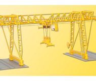 модель Kibri 38530 Demag Container Crane -- Kit. Размер   32 x 17.5 x 17 см. Набор для сборки.