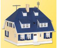 модель Kibri 38712 Дом Bergwald, 11,3 x 10,5 x 11 cm.