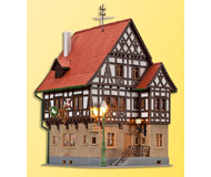 модель Kibri 38744 Hotel Rossel in Markgrafler. Размер 10 x 10 x 13.5 см. Набор для сборки.