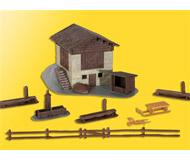модель Kibri 38814 Barn with Fence. Размер 15 x 11 x 8 см. Набор для сборки.