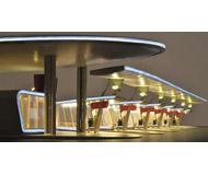 модель Kibri 39000 Halle Bus Terminal w/LED Lighting -- Kit. Размер 84.7 x 32.7 x 9.5 см. Набор для сборки.