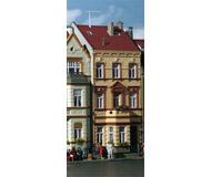 модель Kibri 39102 Townhouse in the Park in Bonn. Размер 10 x 13.5 x 18 см. Набор для сборки.