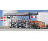 модель Kibri 39834 Distribution Filling Pumps. Размер   18 x 9 x 8 см. Набор для сборки.