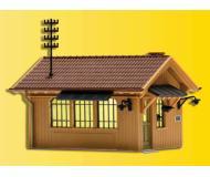 модель Kibri 49309 Gate Keeper's House w/Interior Lighting Starter Set -- Kit. Размер   6.5 x 4.4 x 4.8 см. Набор для сборки.