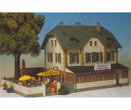 модель Kibri 8197 Ресторан пивоварни с гостиницой, 22,5х17,5х13,5  см. Набор для сборки.