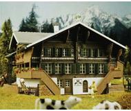 модель Kibri 8807 Фермерский дом, 20х14х9  см. Набор для сборки.