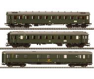 модель Liliput L350071 Набор из трёх вагонов: почтовый вагон Post4e-al/21, вагон 2 класса B4uwe-28/51, вагон 2 класса B4ye-30/50 . Принадлежность DB. Эпоха III