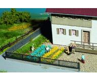 модель Noch 07138 Имитация цветов желтый/синий, полос и пучков травы.