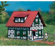 модель Piko 62053 Franks Half Timbered House Набор для сборки (KIT).