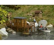 модель Piko 62262 Brads Fishing Cabin Набор для сборки (KIT).