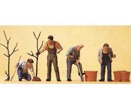 модель Preiser 10466 Мужчины сажают деревья, 4 фигурки.